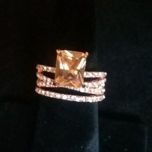 Multi band style rose gold ring in size 7,8